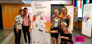 Equipo de Sexus con Artemapache presentando Flow